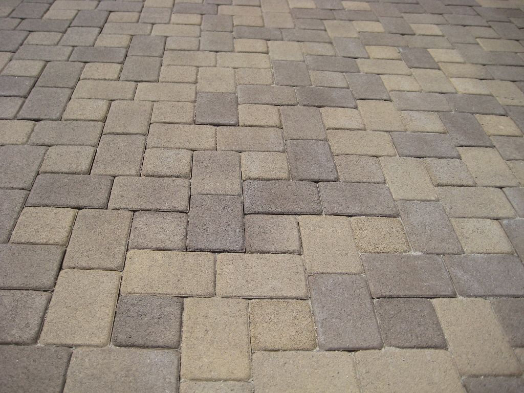 Captivating Antique Cobble Random I Paver Laying Pattern