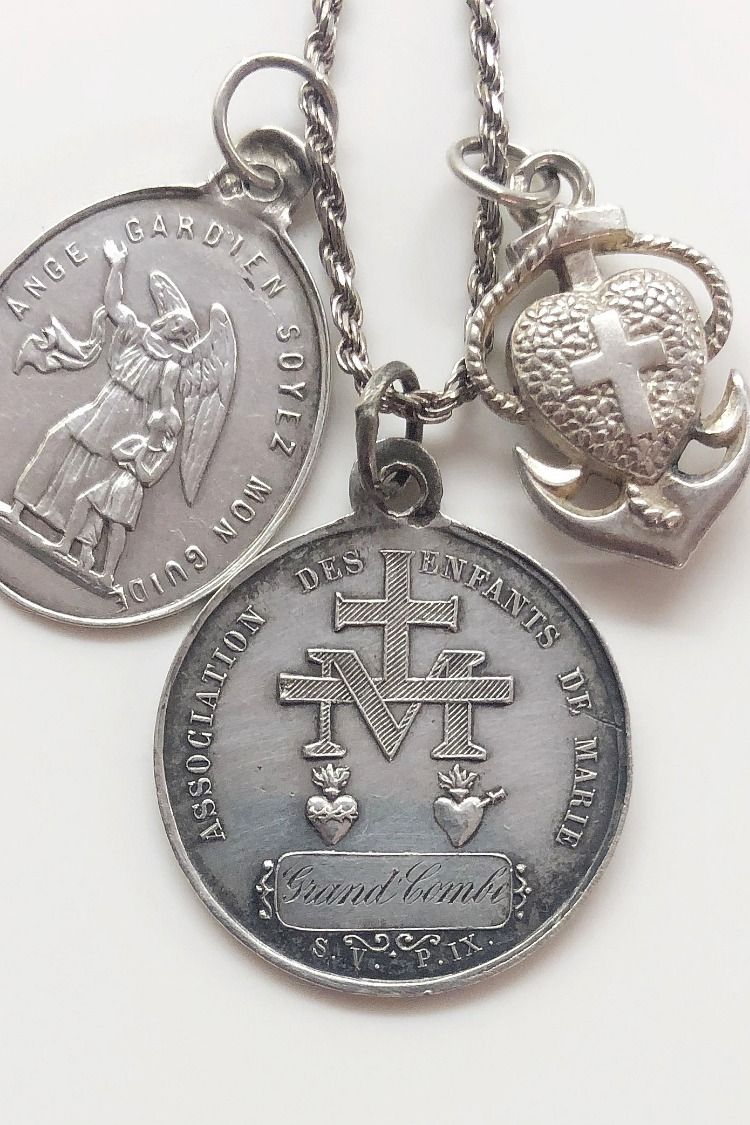 Sterling Silver /& Gold-Plated Blessed Beyond Measure 18in Necklace and Pendant