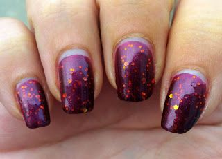 Glossy and Glitter: Wonder Beauty Products SuperChic Lacquer Moonshine Merlot