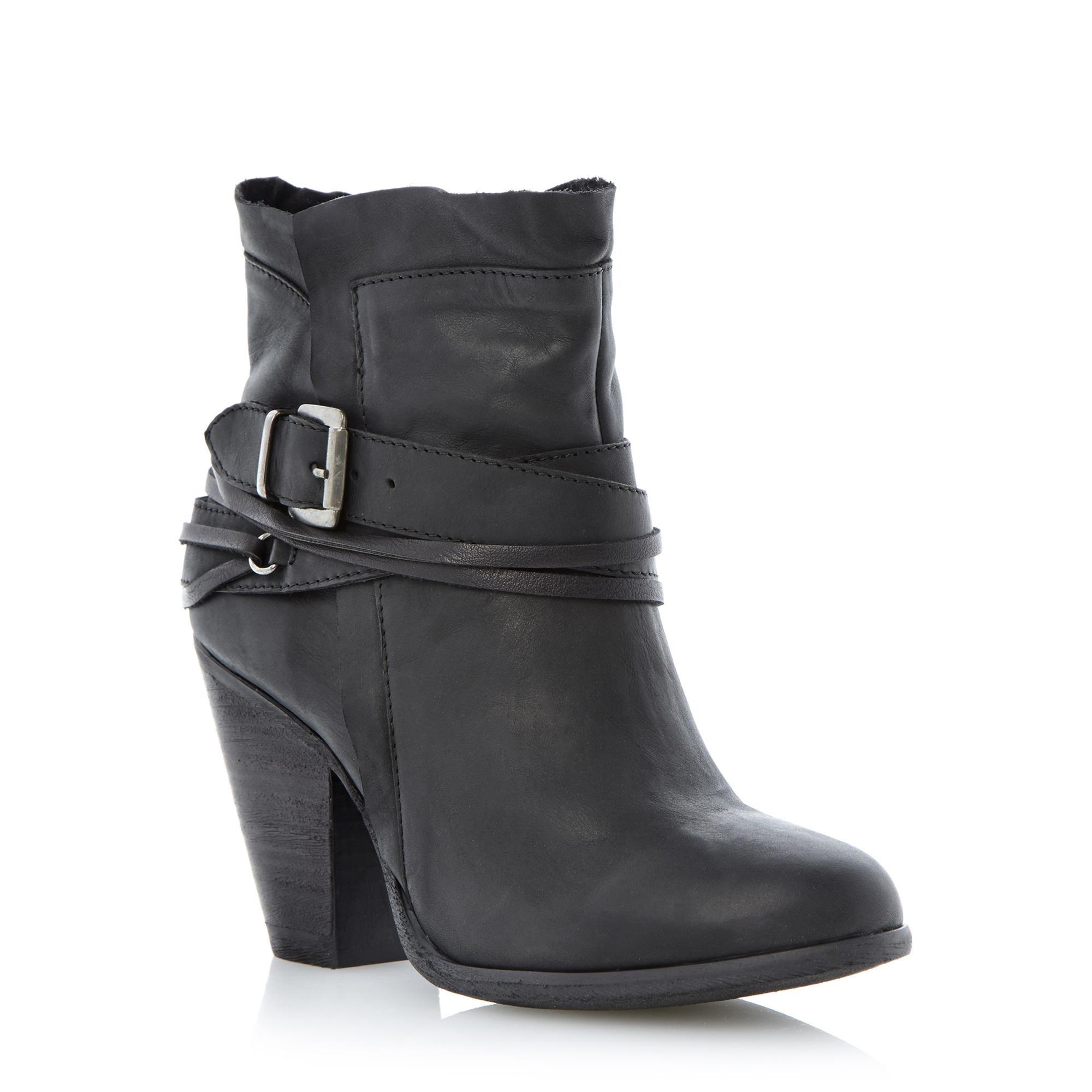 1fa66988531 STEVE MADDEN RAFFA - Buckle Trim Western Style Ankle Boot - black ...