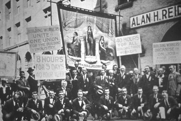 an introduction to the history of the labor union in 1900 History of labor unions introduction in a nutshell with slogans like america  runs on dunkin', it's safe to say that americans pride themselves on being a.