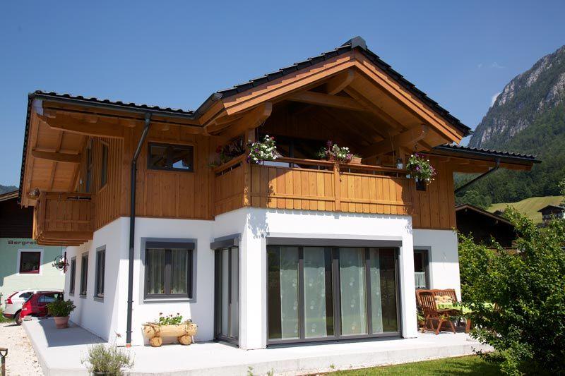 Holzhäuser Modern holzbau herbst aus unken salzburg steht für holzhaus holzbau und
