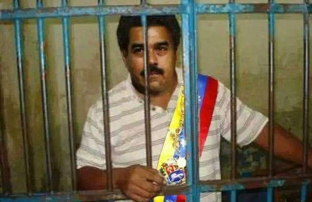 Entregaron 112.000 firmas en la Corte Penal para enjuiciar a Nicolás Maduro