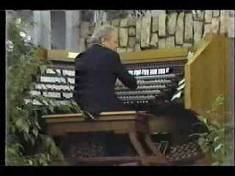 """Famous and favorite organist Virgil Fox-Hour of Power (1979) - Garden Grove Church-The truly greatest organist in our time, Virgil Fox playing the Garden Grove Church installation on the """"Hour of Power"""" with Robert Schuller. Just another fine example of the awesome emotion and interpretation that came forth from Virgil.     He's playing the Toccata from Leon Boellmann's """"Gothic Suite"""" or """"Suite Gothique"""""""