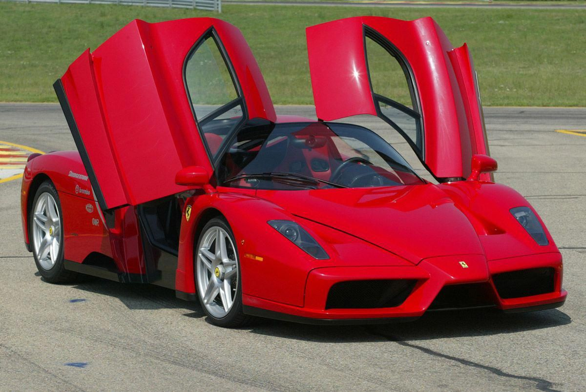 Ferrari Enzo Doors Open Front View Fastest Cars In The World Top 10 List 2012 2013 Thefast Theluxurious Luxury Sports Cars Mobil Sport Ferrari