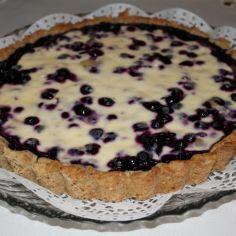 Berry pie with creme fraiche