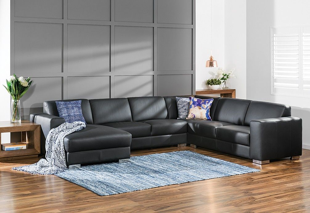 Incredible Maddox Leather Corner Suite With Left Hand Facing Chaise Ibusinesslaw Wood Chair Design Ideas Ibusinesslaworg