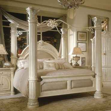 Monte Carlo Queen Canopy Bed In Silver Snow