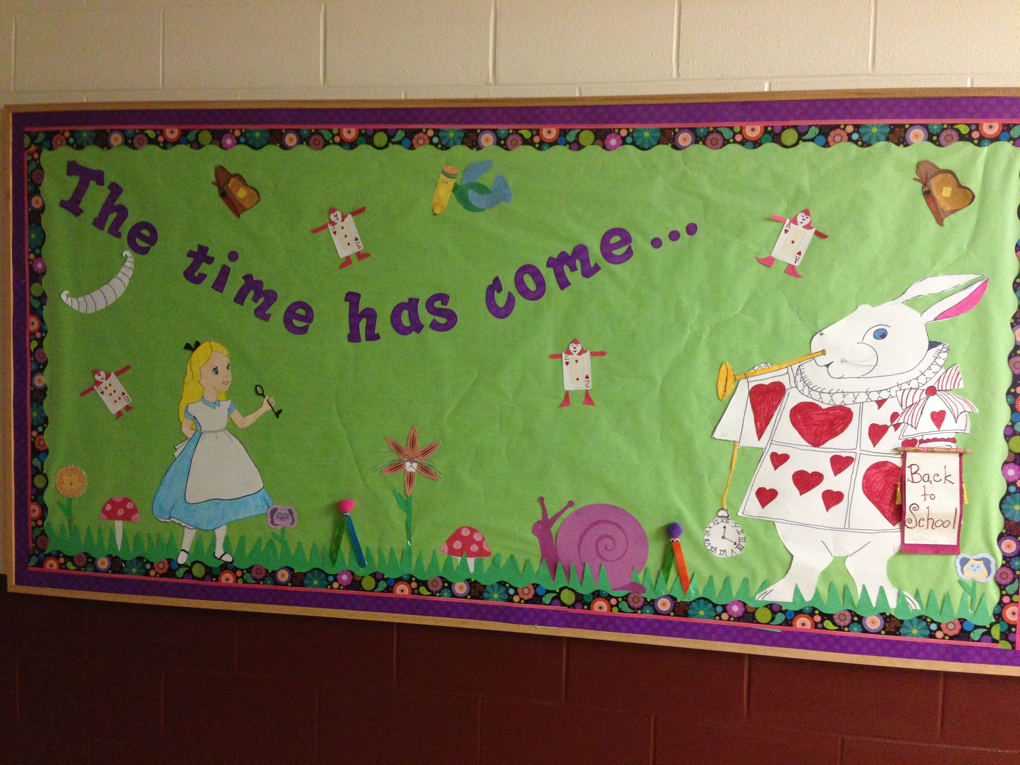 Alice In Wonderland Bulletin Board Alice In Wonderland Disney