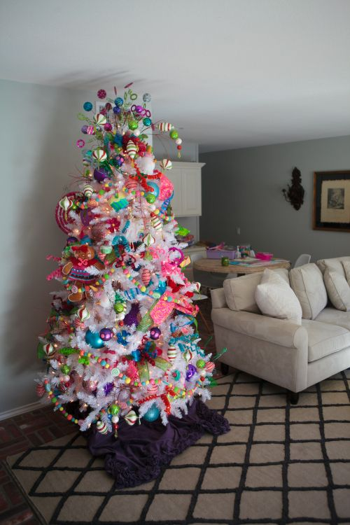 Show Me Decorating A Funky White Christmas Tree Theme Christmas  - Christmas Tree For Me