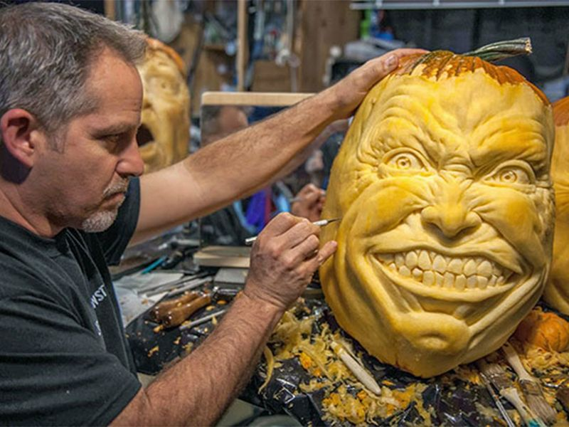 Este artista hace los más asombrosas calabazas para halloween