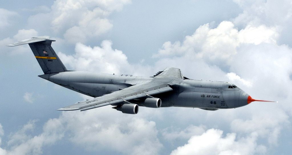 C 5 Still Going Strong After 38 Years Us Military Aircraft Military Aircraft Cargo Aircraft