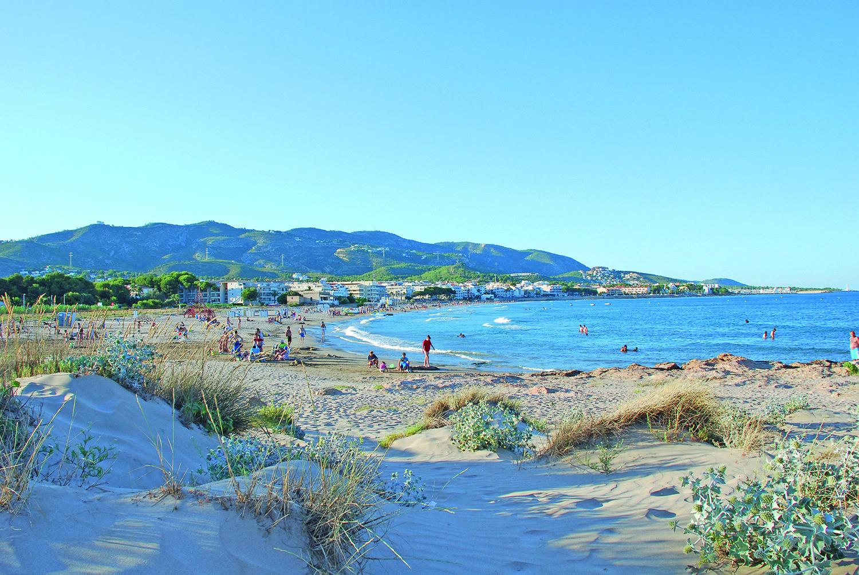 Los Mejores Sitios Para Viajar Y Disfrutar Las Playas De Castellon Mejores Sitios Para Viajar Sitios Para Viajar Turismo