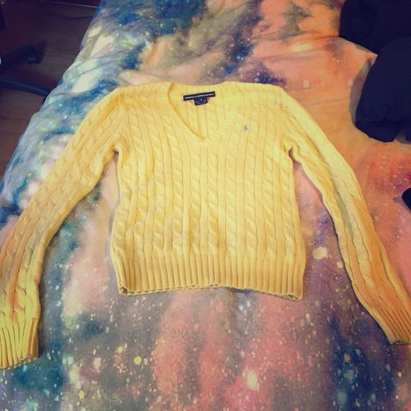 Polo V-neck Sweater Cute chick yellow color Polo by Ralph Lauren Sweaters V-Necks