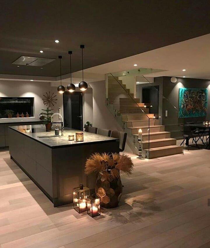 Hermosa Cocina De Lujo Con Isla Diseno Casas Modernas Casas Acogedoras Casas Modernas Interiores
