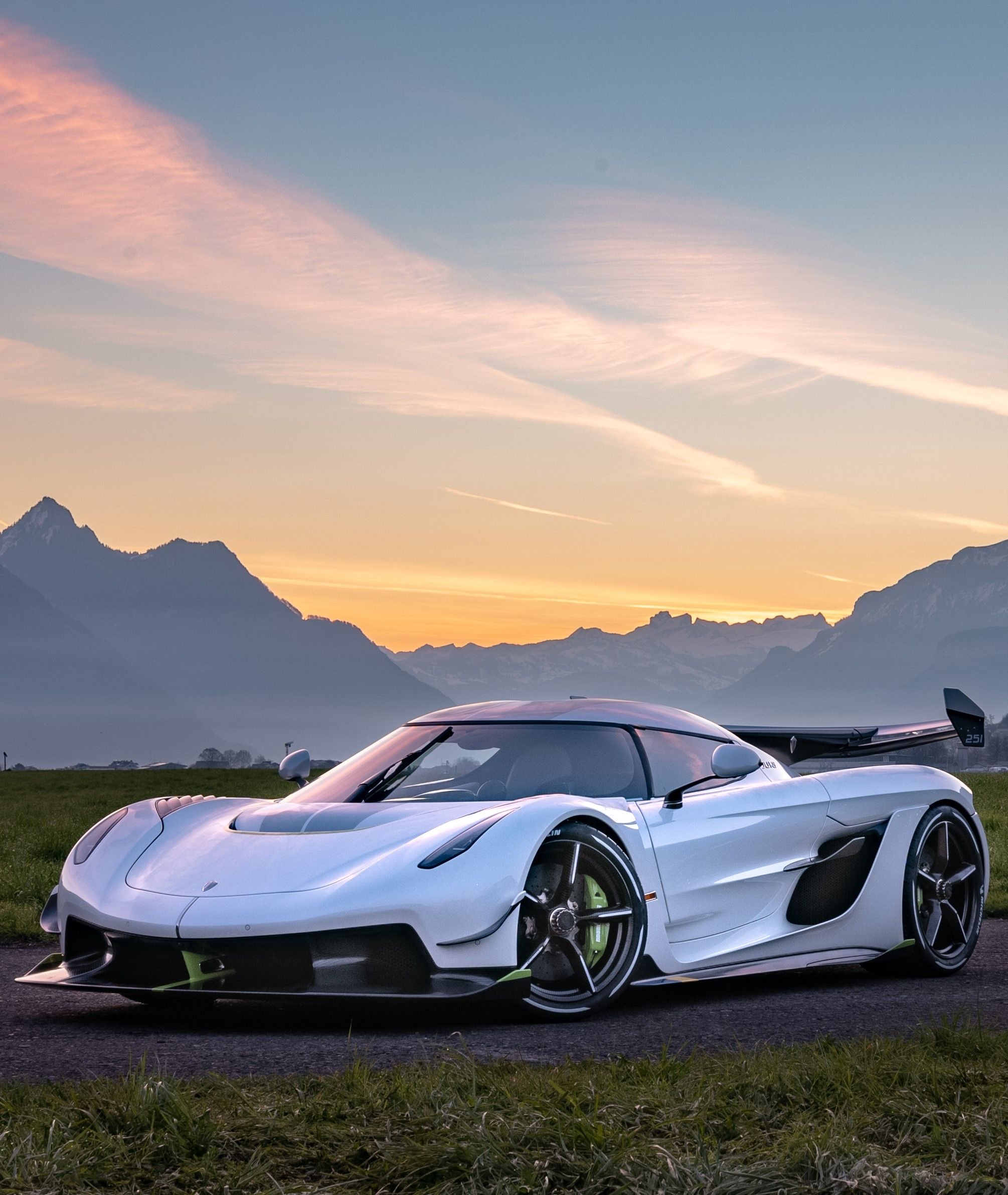 2019 Koenigsegg Jesko Hypercar The Man Koenigsegg Super Cars Top Cars