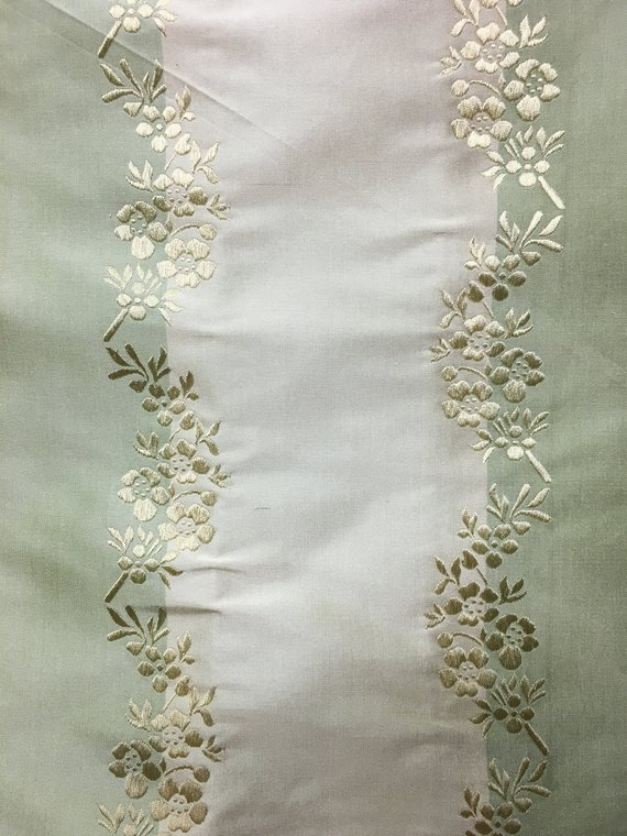 Green stripe embroidered gold patterns