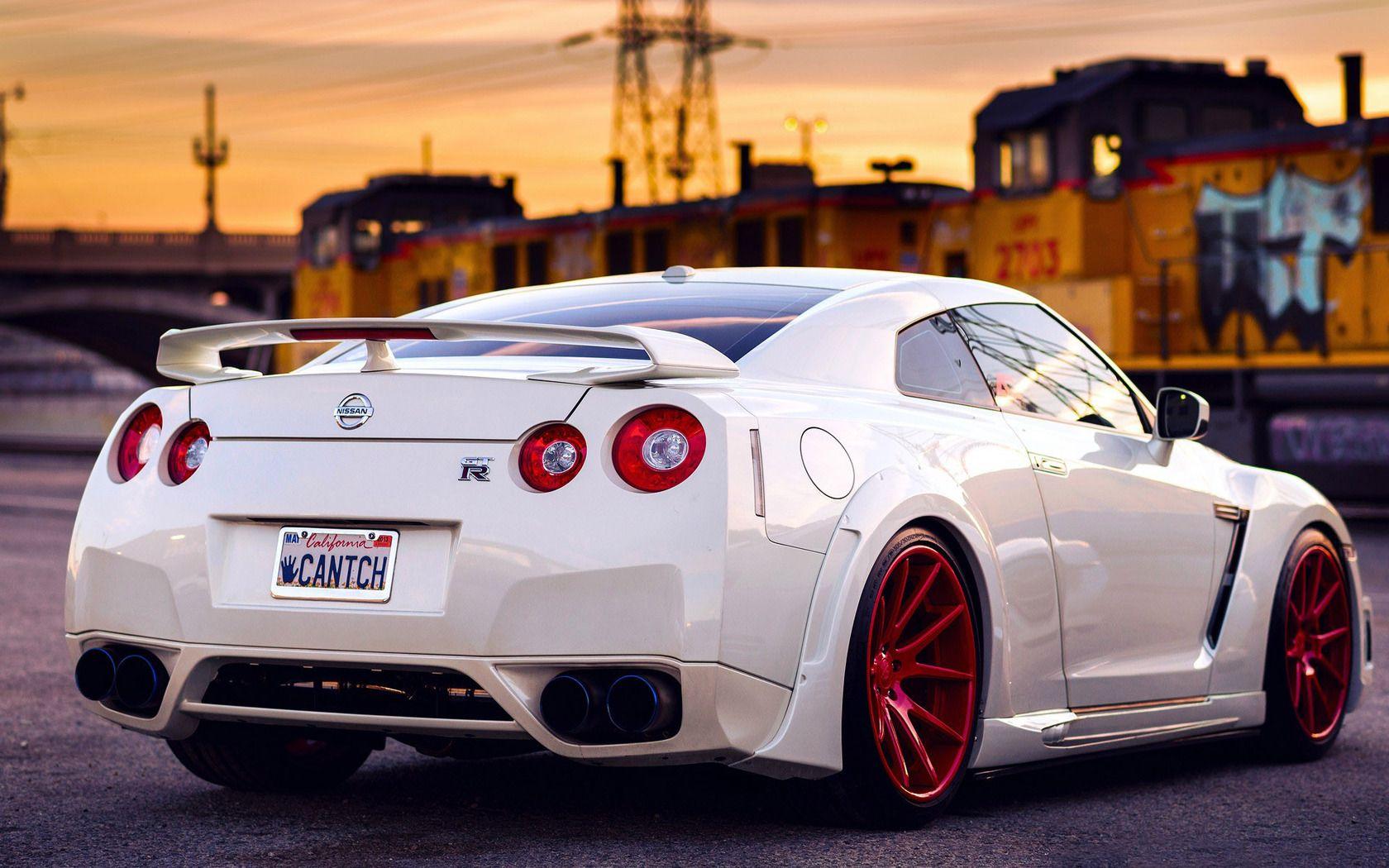 Nissan gt r white http imashon com w