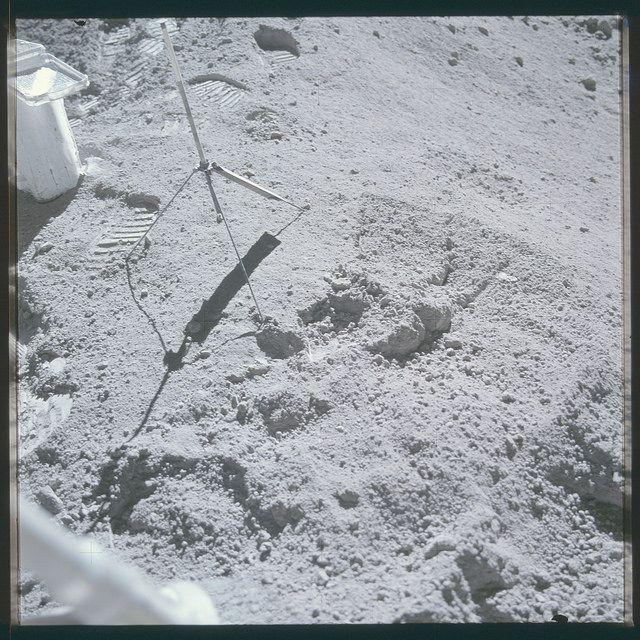 AS1610717490 Space flight, Apollo 16, Image