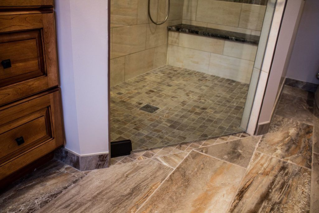 Detroit-area contractor specializes in curbless showers   Classic ...