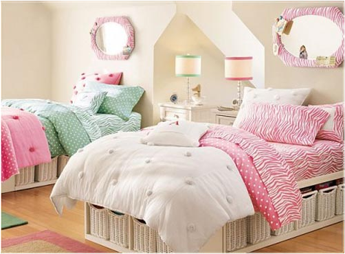 key interiorsshinay: decorating girls room with two twin beds