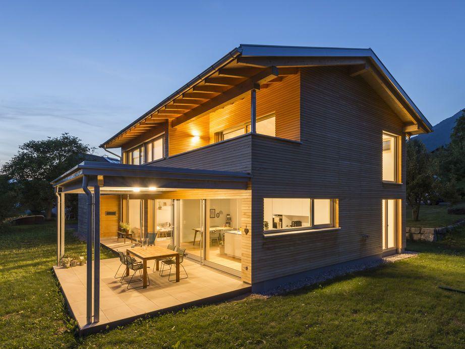 Gut Einfamilienhaus# Röns# Modern Holzbau#moderne Architektur# Flachdach#  Satteldach