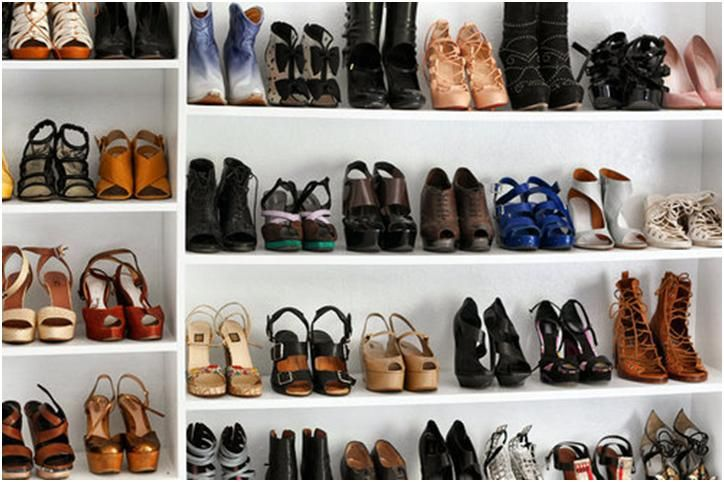 0876f47c6dd 5 styles of shoes every college girl should own | College Life ...