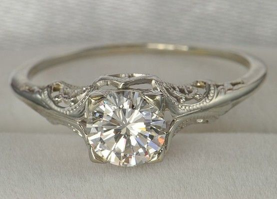 dream wedding ring. vintage wedding ring. im in love. i love rings with a lot of intricate dream ring