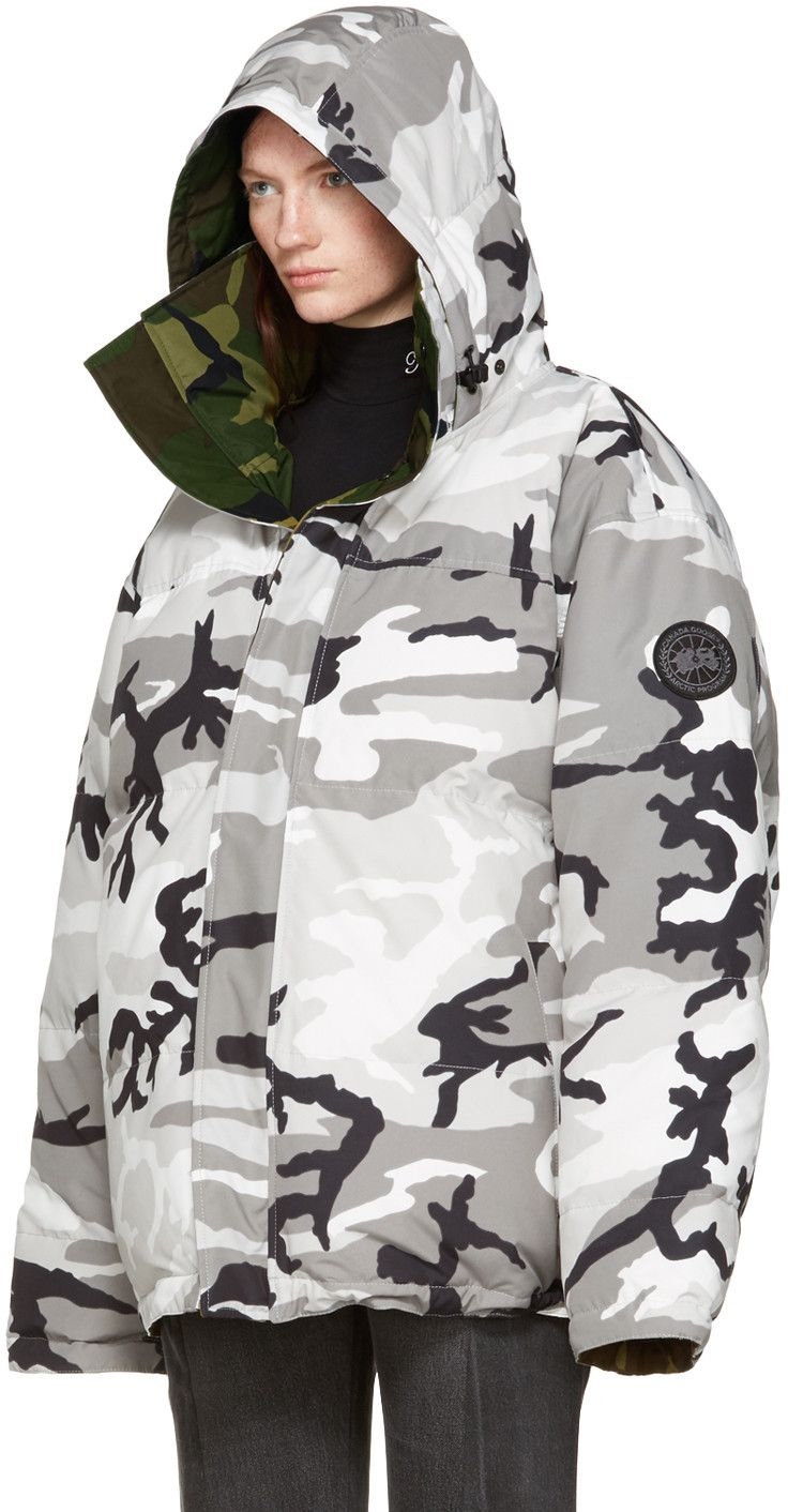Vetements - Reversible Grey Camouflage Canada Goose Edition Parka