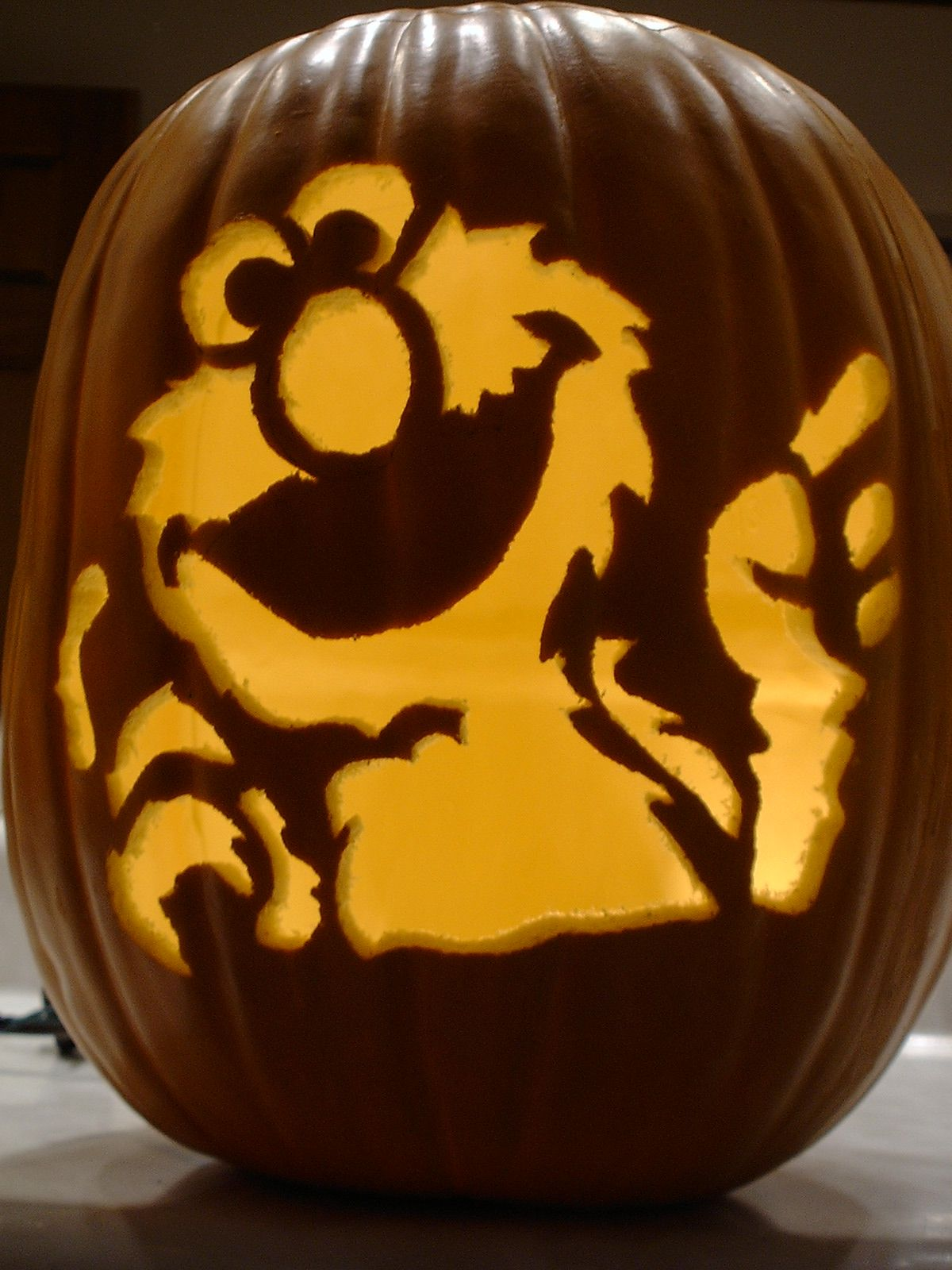 This site has humdreds of Halloween pumpkin carving templates and ...