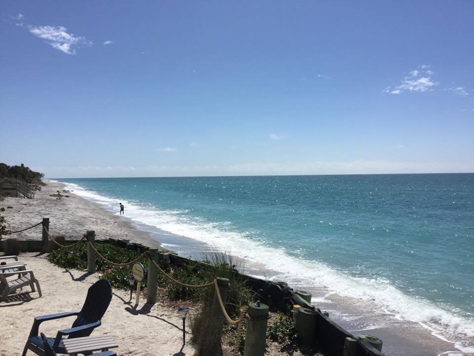 Relax on our patio overlooking The Gulf of Mexico ...
