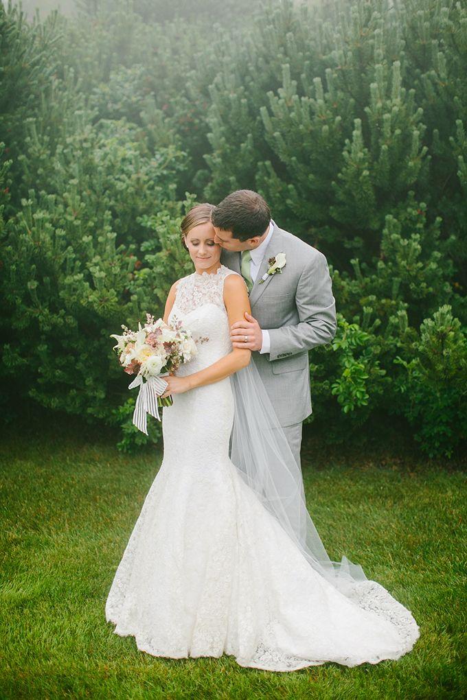 chic neutral Maine wedding   Emily Delamater Photography   Glamour & Grace