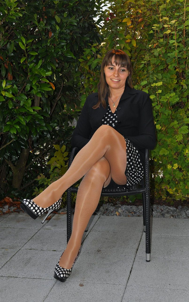 nyon milf women Our website shares free mature pictures collection of high-quality nude moms pictures with those who are interested in hot milf sex pics galleries.