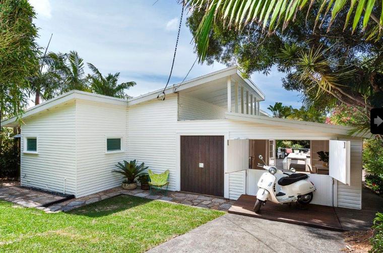 1950s beach house reno walworth ave newport sydney front entrance - Beach House Design 1950s