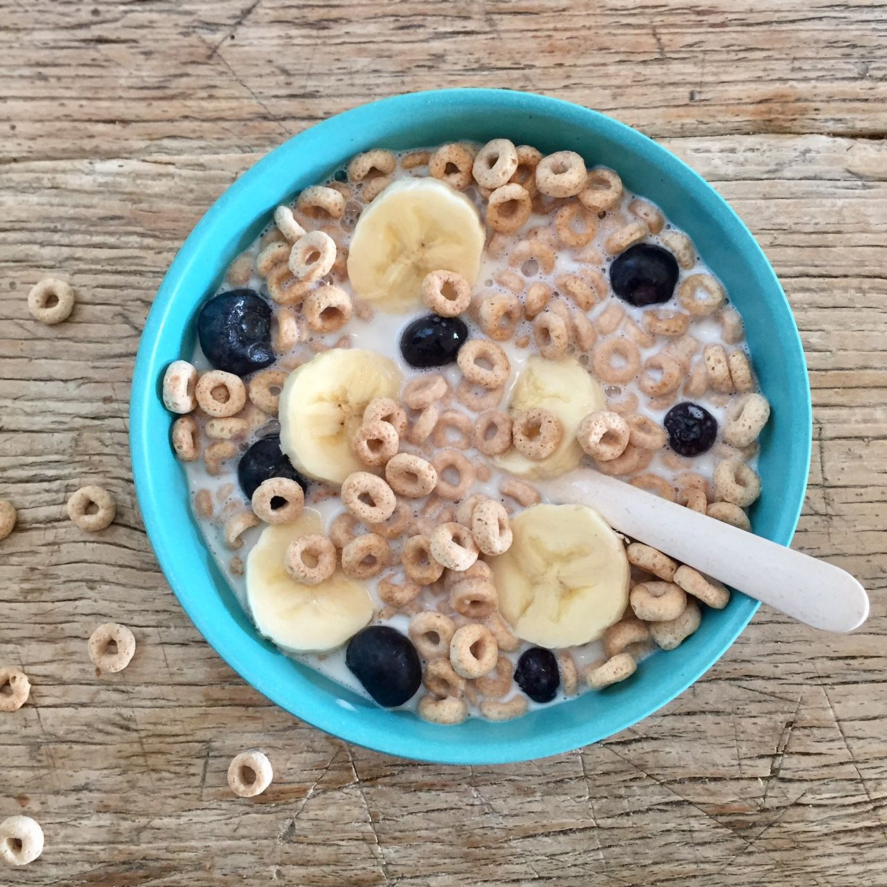 10 Healthy Breakfast Cereals To Buy For Your Kids Right