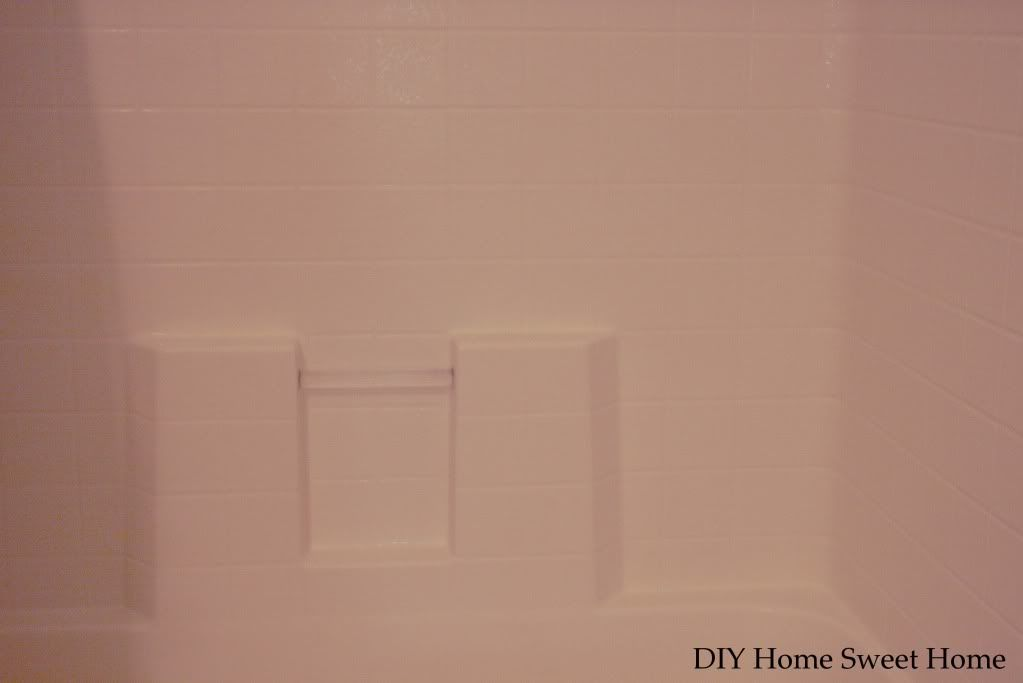 Clean Even the Worst Soap Scum from any Shower, Tub and Tub Surround -- diy home sweet home