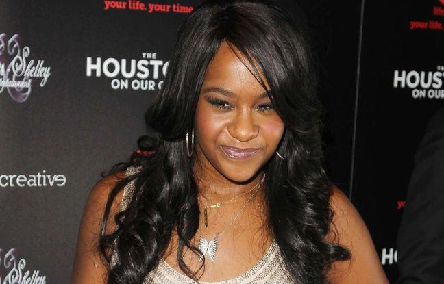 http://img.20mn.fr/NVn5DclITVKUco7RFU6gyQ/648x415_bobbi-kristina-fille-whitney-houston-bobby-brown-premiere-2012.jpg