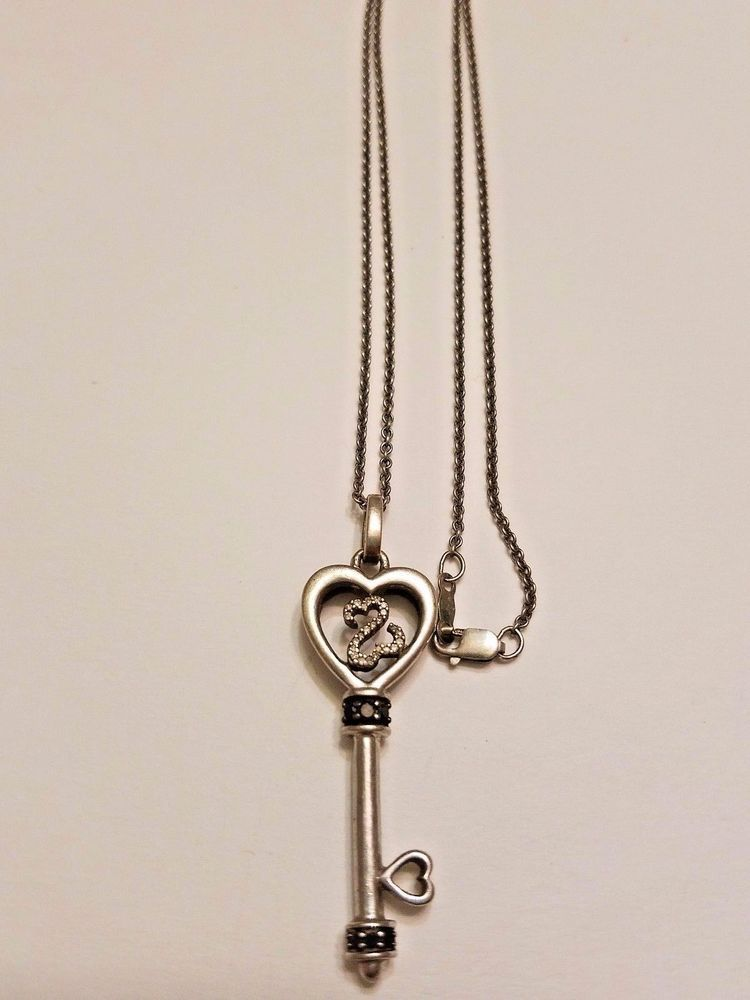 Jwbr sterling silver 925 white black diamond key pendant jwbr sterling silver 925 white black diamond key pendant necklace 82 g mozeypictures Images
