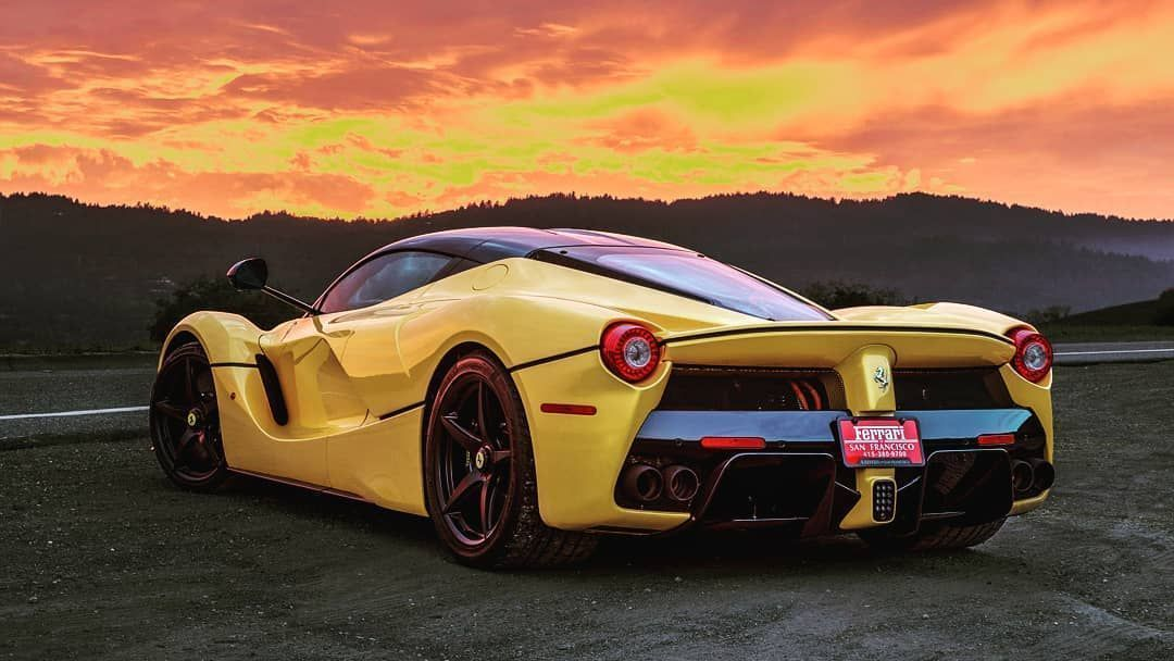 daily dosage of Supercars brought to you by the @ferrari Laferrari. Beauti Your daily dosage of Sup