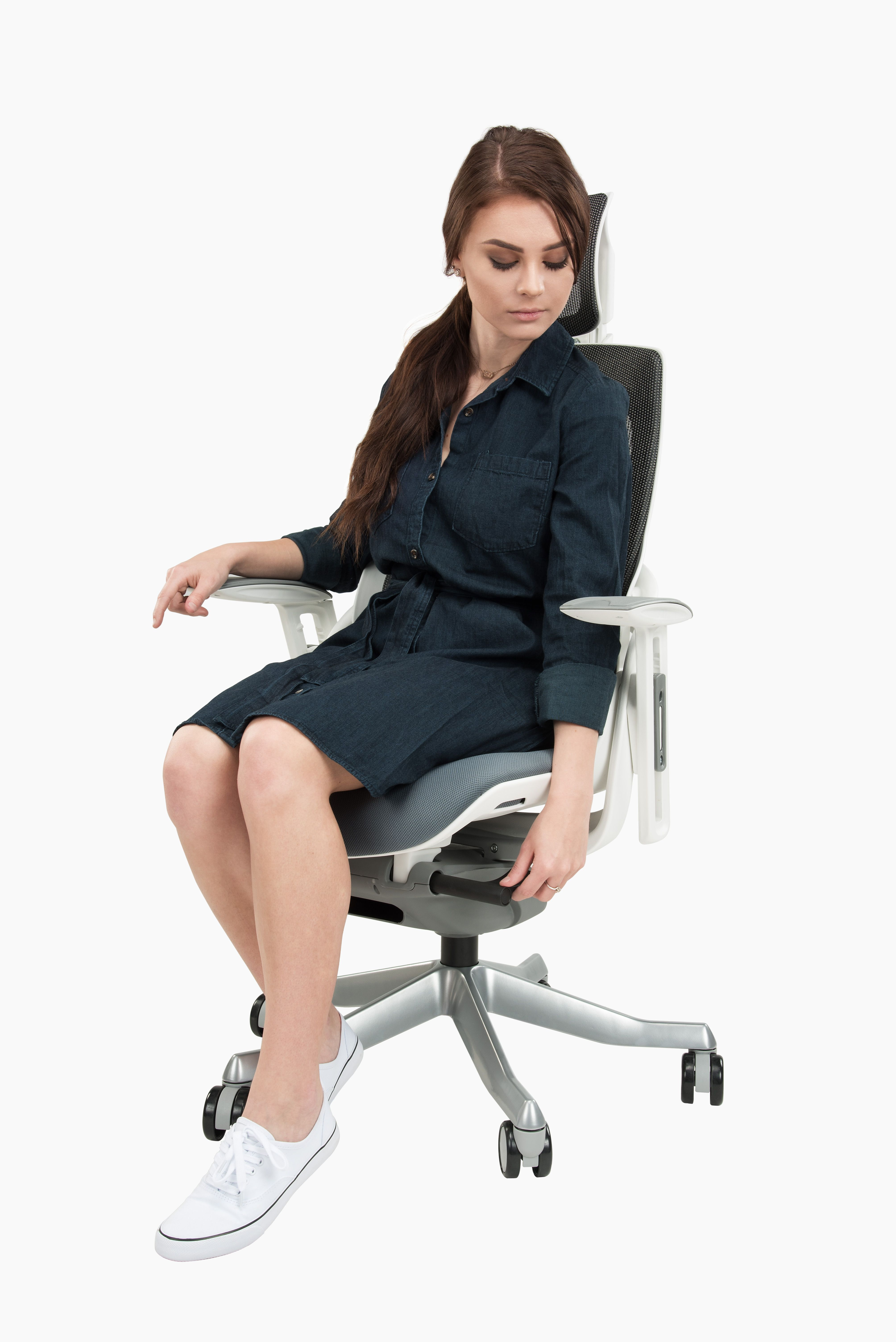 pursuit ergonomic chair by uplift desk sku chr455