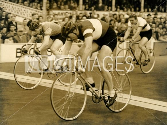 Cyclists Elmo Pesenti, Barton and Lloyd Binch at International Champion of Champions, Herne Hill, UK