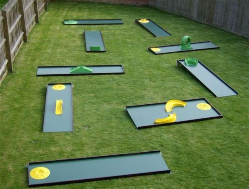 Portable Mini Golf Backyard Putting Green Miniature Golf Mini