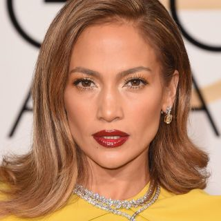 See the most glamorous hair and makeup looks from the first...