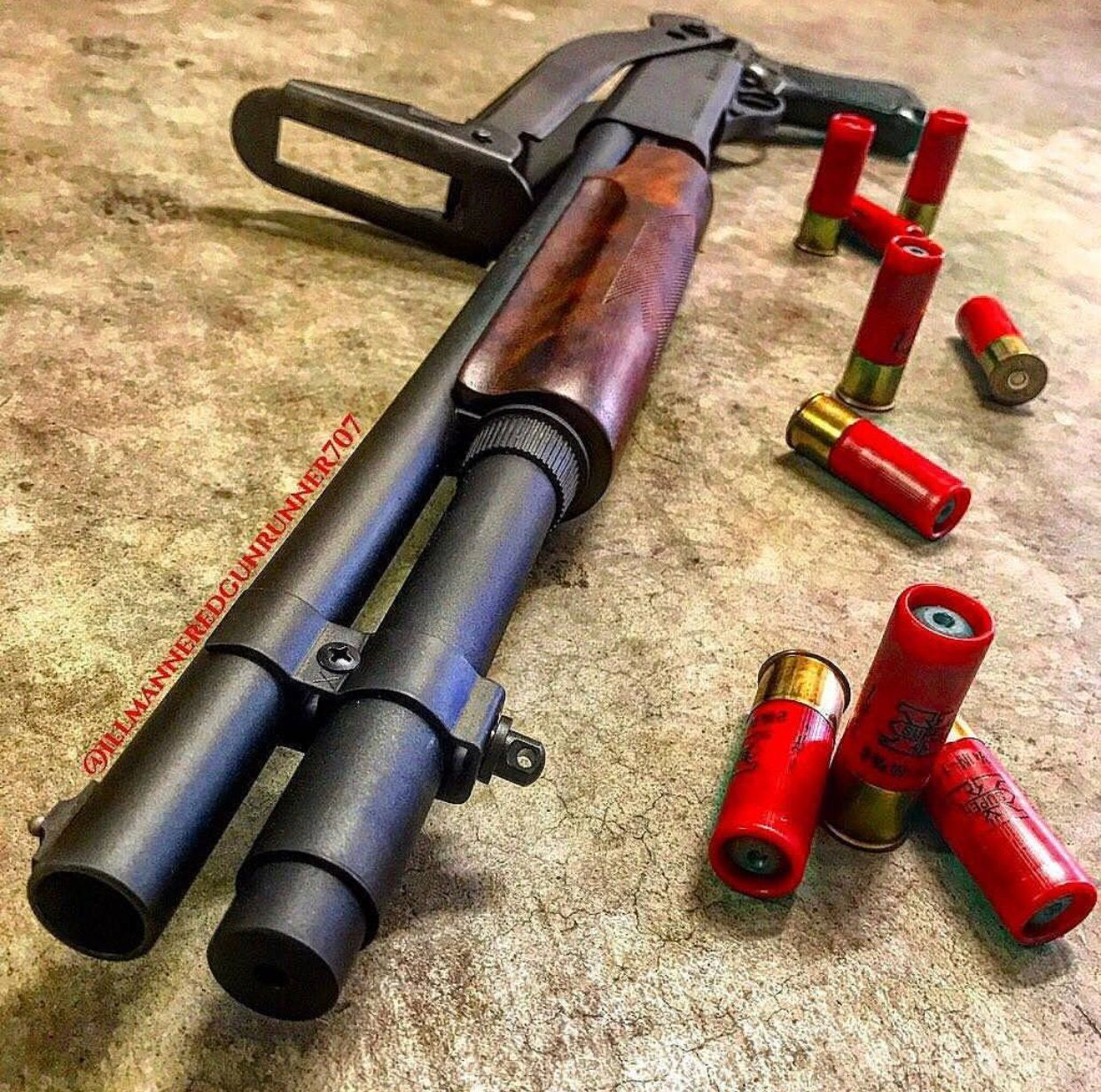BY ACE CASE 10 SHELLS MOSSBERG 500 TACTICAL PUMP SHOTGUN AMMO SLING USA MADE