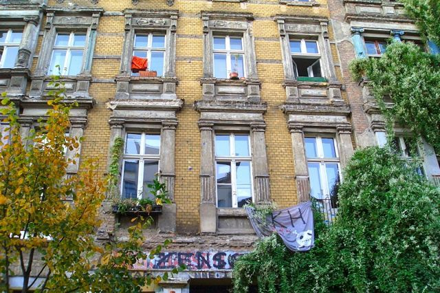 How can I best rent my Berlin property? Find details: http://www.gateberlin.com/berlin-property-market/  #rentalagreementsbyarea #propertybuyersinBerlin