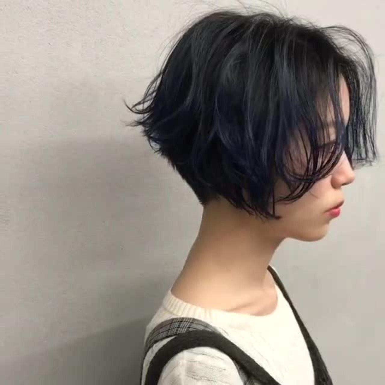 トレンチショート ヘアスタイル 髪型 パーマスタイル