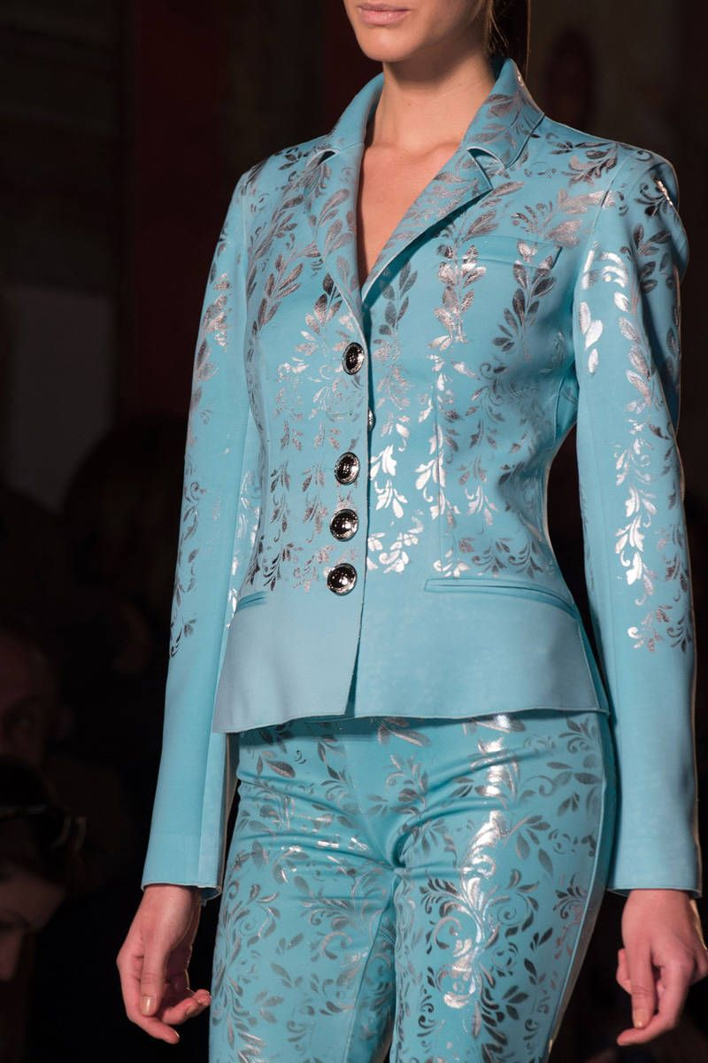 Roccobarocco Fall 2014 Ready-to-Wear Detail  - ELLE.com