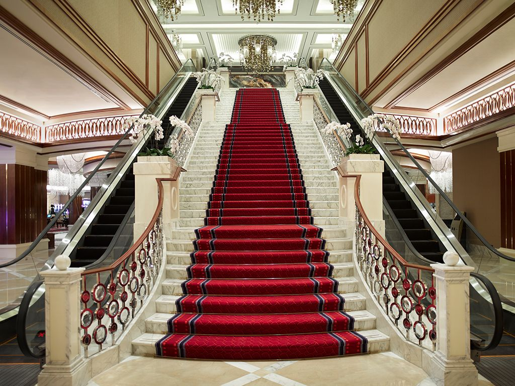 Nice stairs google for Grand staircase design
