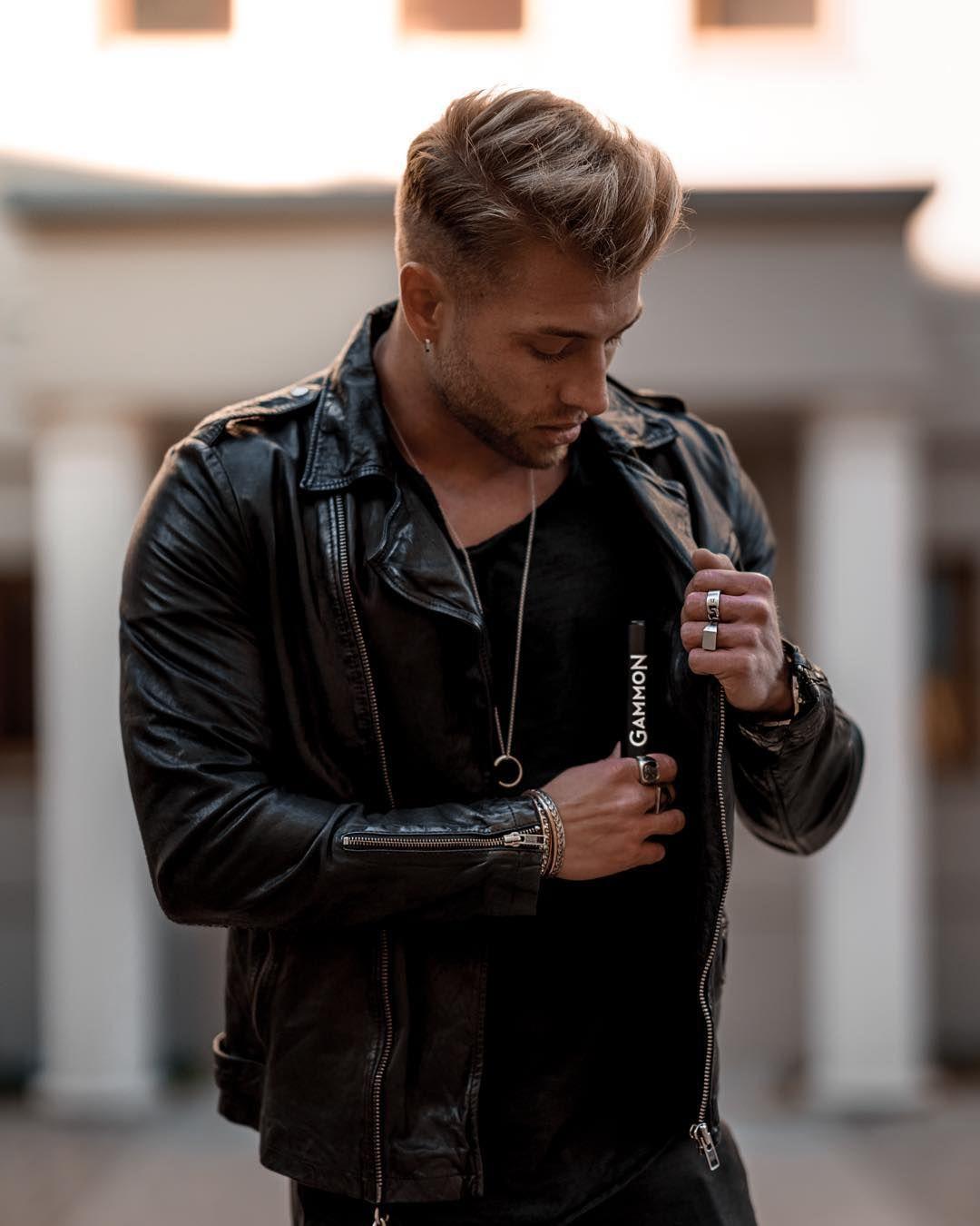 1 593 Likes 35 Comments Alex Storm Alexstorm On Instagram Parfum Ist Wie Eine Message Ein Statement Ohn Bad Boy Style Leather Jacket Men Mens Fashion [ 1350 x 1080 Pixel ]