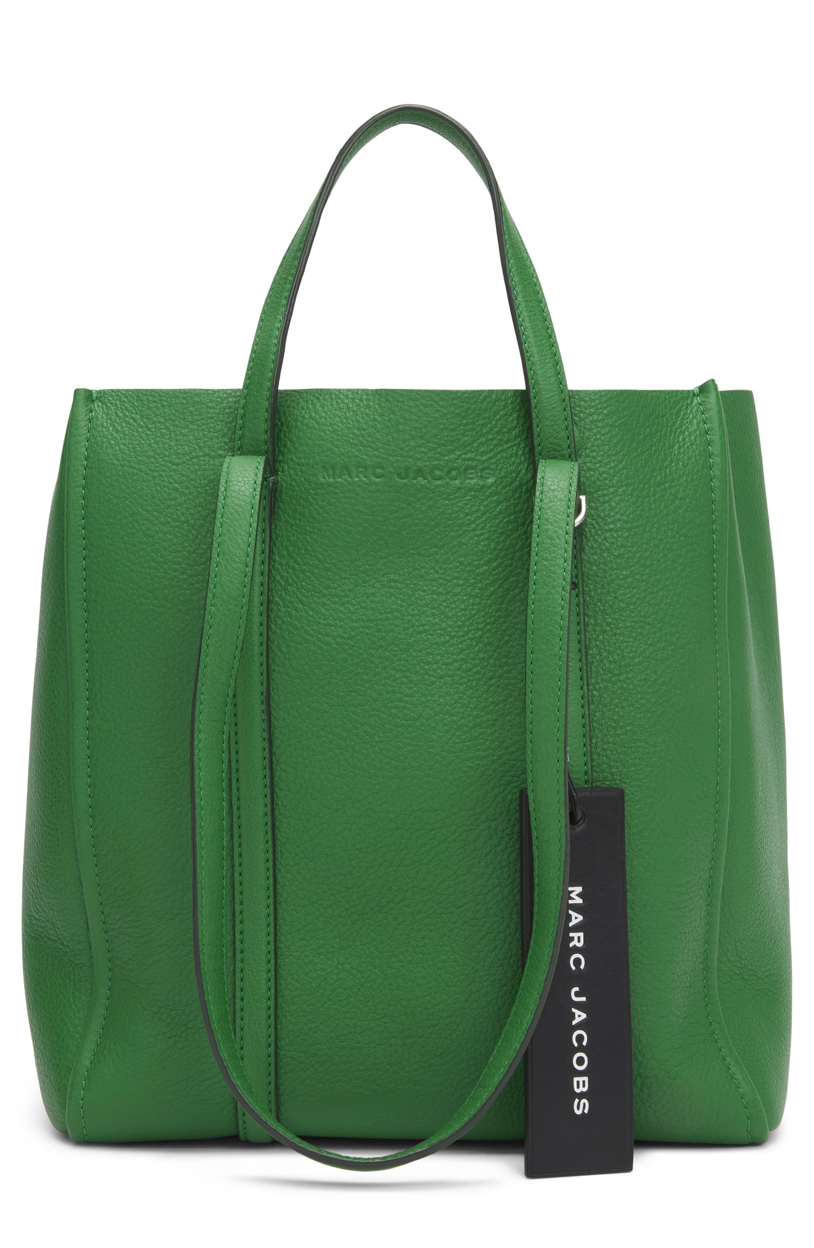 79a36fcb5 Marc Jacobs The Tag 27 Leather Tote in 2019 | Products | Bolsos ...
